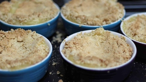Boutique Bake Apple Crumble with Toffee Sauce