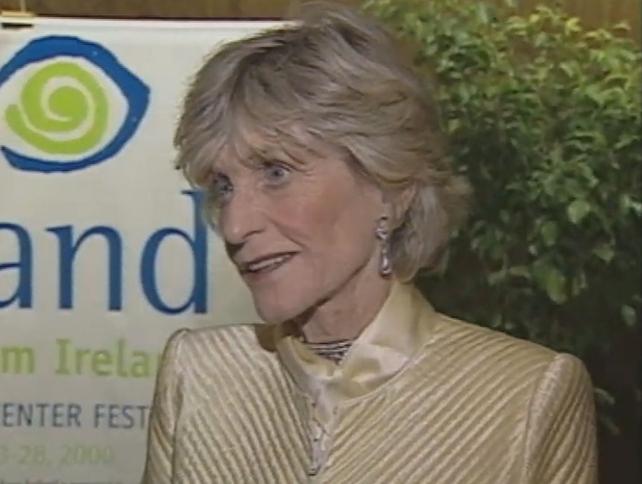Jean Kennedy Smith (2000)