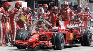 Refuelling was banned in 2010 but is likely to return in the 2017 season