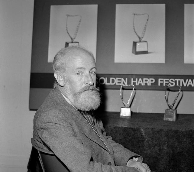 Irish Sculptor Oisin Kelly (1966)