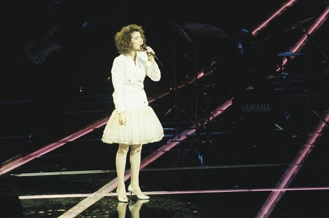 Celine Dion represents Switzerland in Eurovision (1988)