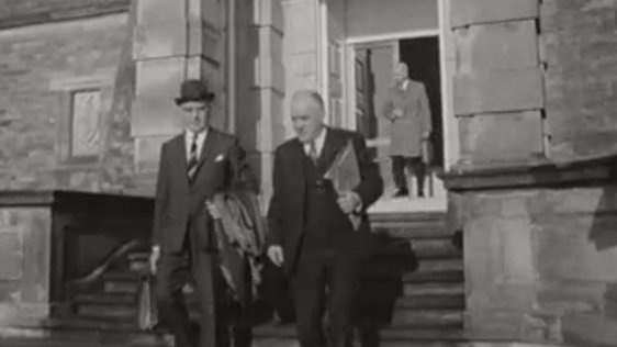 Members of the Northern Ireland government leaving Stormont on 15 January 1969.