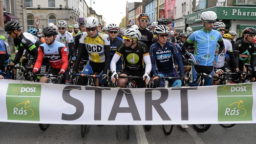 The riders assemble at the start line in Tipp
