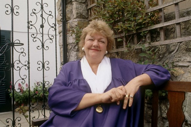 Irish writer Maeve Binchy (1995)