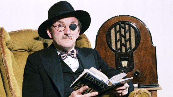 Dermod Lynskey as James Joyce