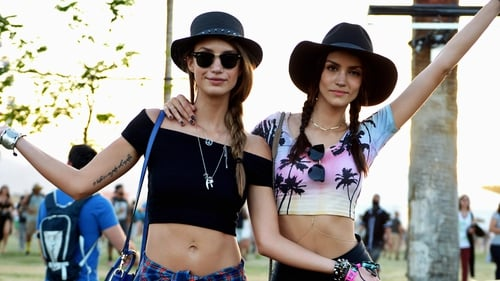 In need of some festival beauty inspiration? We've got you covered.