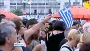 Six One News Web: Latest opinion poll shows narrow margin between 'Yes' and 'No' in Greek referendum