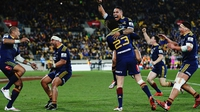 Highlanders blow away Hurricanes for Super victory
