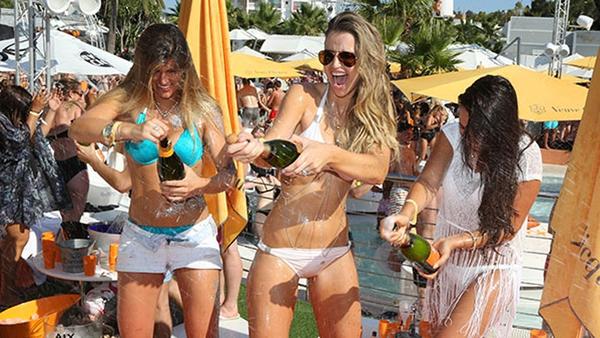 Vogue Williams blogs about Ibiza trip