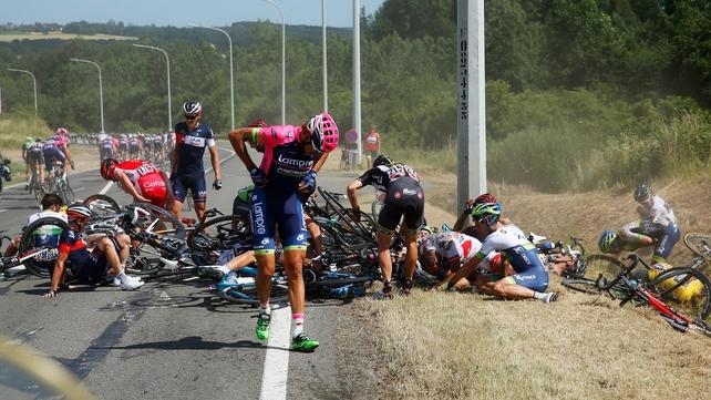 Rodriguez wins Tour Stage 3 after massive crash
