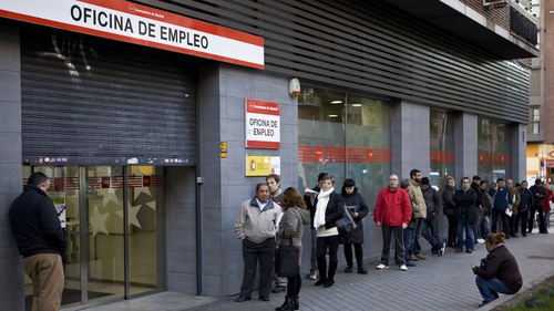 Spain's unemployment rate fell to 13.8% in August from 13.9% in July, new euro zone figures confirm today