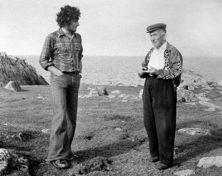 Ian Lee le Rí Thoraí Pádraig Mac Ruairí i 1977