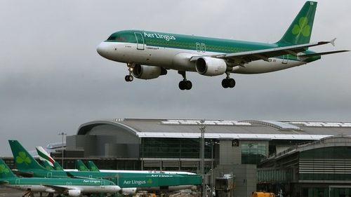 Aer Lingus must continue to carry connecting passengers to long-haul flights of competing airlines