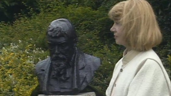 George Russell Bust (1985)