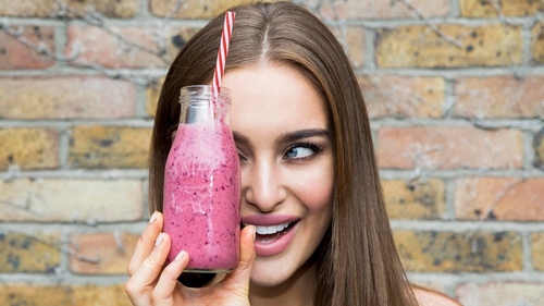 Emma Dunne reviews Roz Purcell's Natural Born Feeder