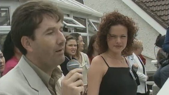 Daniel O'Donnell and one of the Mary from Dungloe contestants