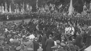 Enormous crowds attend funeral of O'Donovan Rossa (Pic: National Library)