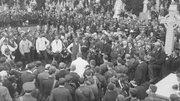 Crowds at the graveside of O'Donovan Rossa in Glasnevin cemetery (Pic: National Library of Ireland