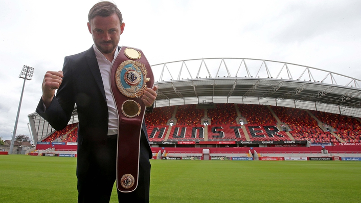 Lee versus Saunders fight moved to Manchester