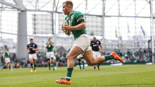 Luke Fitzgerald starts for Ireland