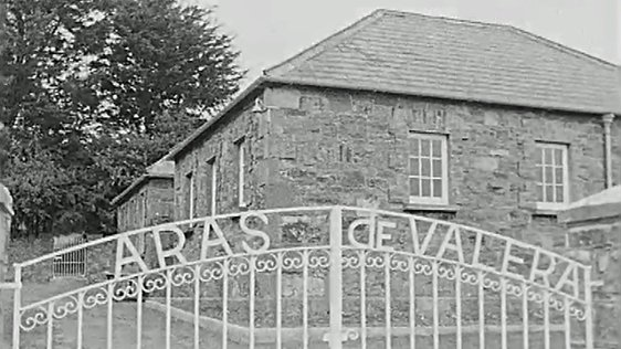 Aras de Valera in Bruree (1972)