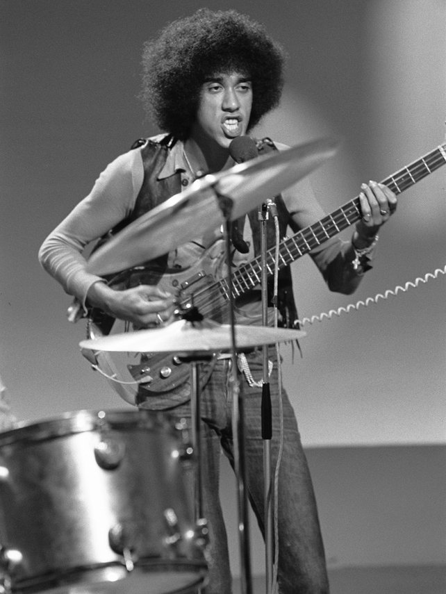 Phil Lynott in RTÉ Television studio (1972)