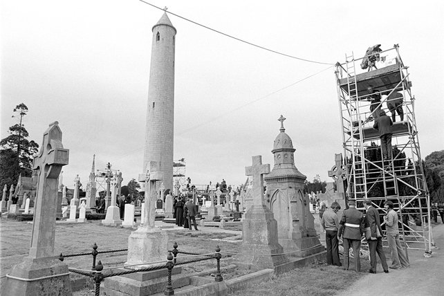 Preparations at Glasnevin Cemetery for the Funeral of Éamon de Valera (1975)