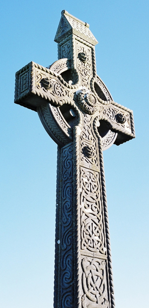 Stone cross by Tom McHugh (photo by Ruth McHugh)