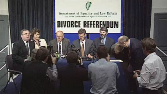 Press Conference on Divorce Referendum