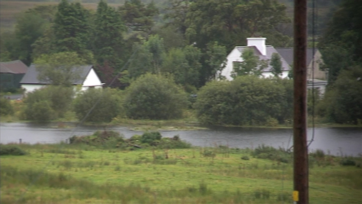 Man dies after flooding in Co Mayo