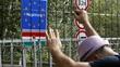 Migrants avoiding Hungary over border controls