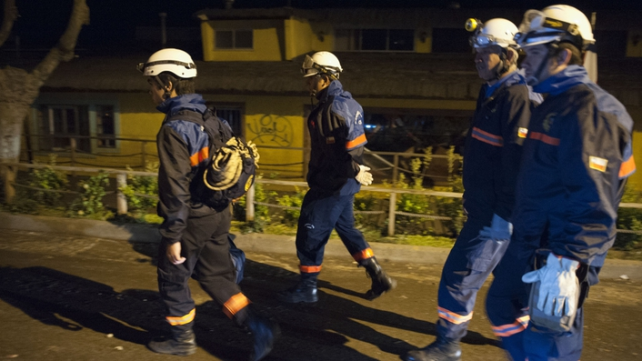 Powerful earthquake hits off coast of Chile