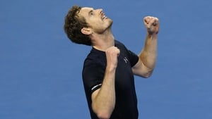 Andy Murray celebrates his victory over Bernard Tomic