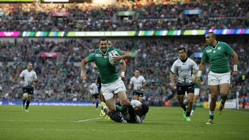 Rob Kearney scores Ireland's fifth try against Romainia at Wembley on Sunday