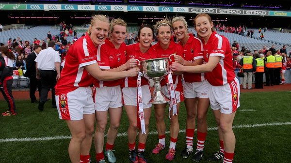 Deirdre O'Reilly (L) celebrates with her Cork team-mates at Croke Park