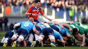 Italy have a strong set-piece regardless of whether Parisse is there or Ghiraldini, says Greg Feek
