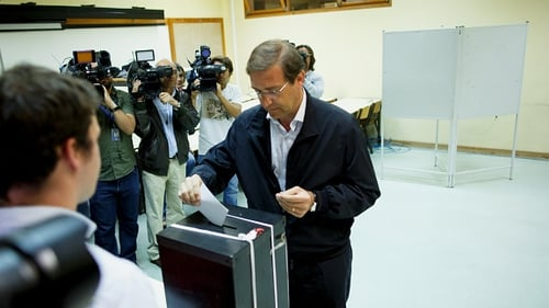 Portuguese Prime Minister and Social Democratic Party's leader Pedro Passos Coelho casts his vote