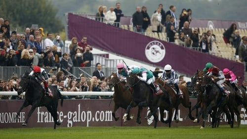 Golden Horn and Frankie Dettori pull clear to win the Prix de l'Arc de Triomphe at Longchamp