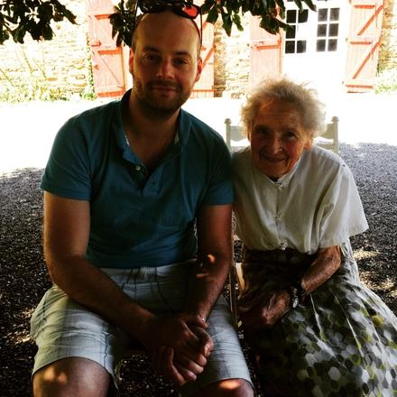 Tadhg Peavoy with Toulouse Lautrec's great, great niece Mme Nicole-Bérangère Tapié de Celeyran.