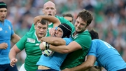 Iain Henderson wraps up Edoardo Gori en route to a man of the match display