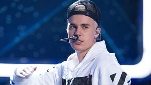 Justin Bieber: a glass act