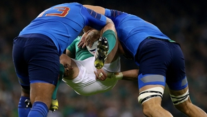 Rory Best is anticipating a stern test on Sunday