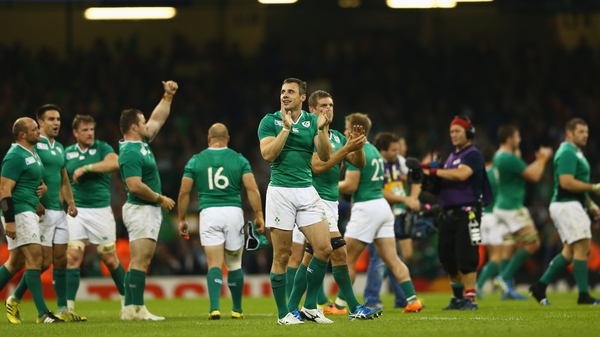 Ireland survived injuries to Paul O'Connell, Johnny Sexton and Peter O'Mahony to run out 24-9 winners