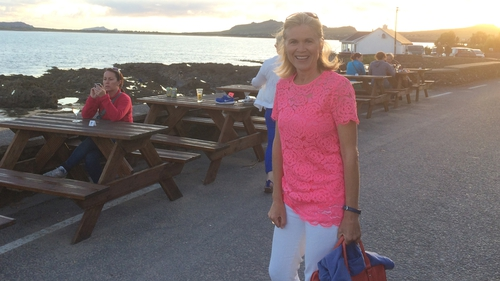 Anne Cassin took a break from presenting Nationwide to test out a new seaweed bath in Kerry