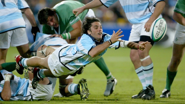Argentina's Agustin Pichot playing against Ireland at the 2003 World Cup