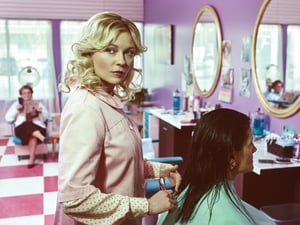 Kirsten Dunst plays a small town hairdresser in Fargo which returns on Channel 4