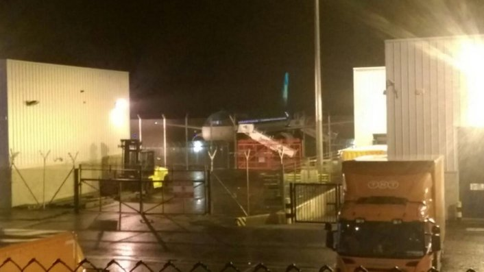 Woman arrested after man dies on Aer Lingus flight