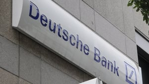 Deutsche Bank has entered exclusive talks with Land Securities on a new building being constructed in London