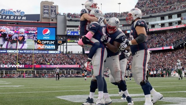 Tom Brady, Patriots keep Jets in check in AFC East