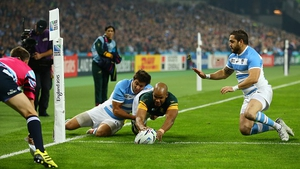 JP Pietersen goes over for South Africa's first try